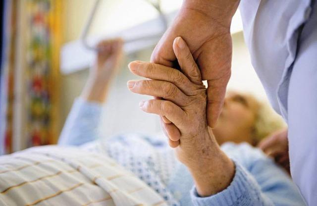 Старческая деменция: симптомы, стадии, лечение и причины развития деменции у пожилых