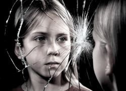 Особенности подросткового возраста у девочек, особенности начала созревания, особенности изменений, физические и психологические нюансы, что делать родителям?