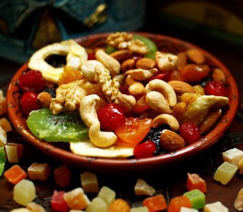 Грецкие орехи при грудном вскармливании, польза грецких орехов для лактации