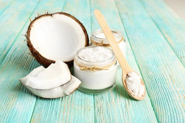 Технология производства кокосового масла, химический состав, польза кокосового масла и возможный вред для организма, сферы применения