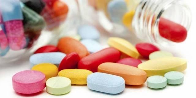Как лечить молочницу в домашних условиях: таблетки, свечи и народные средства при молочнице