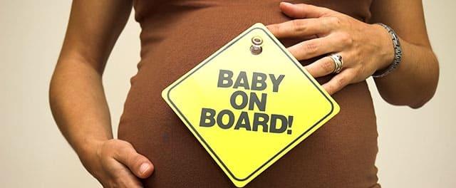 Авиаперелет при беременности: можно ли беременным летать самолетами