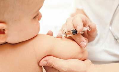 Прививки от гриппа детям и взрослым: за и против, показания и противопоказания, возможные осложнения