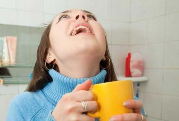 Как быстро вылечить ангину в домашних условиях и восстановить голос