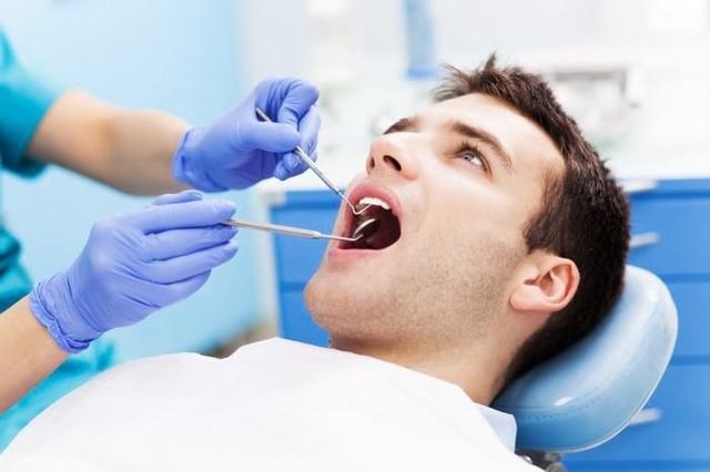Что делать, если болит зуб мудрости: как лечить кариес зуба мудрости и снять зубную боль