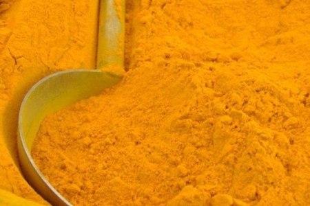 Вредные и полезные свойства куркумы, ее химический состав и лечебные свойства.