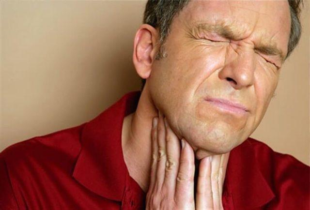 Что делать, если аммиак попал на губу и язык