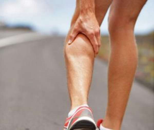 Боль в ноге от колена до стопы спереди, сзади, при ходьбе – причины и лечение