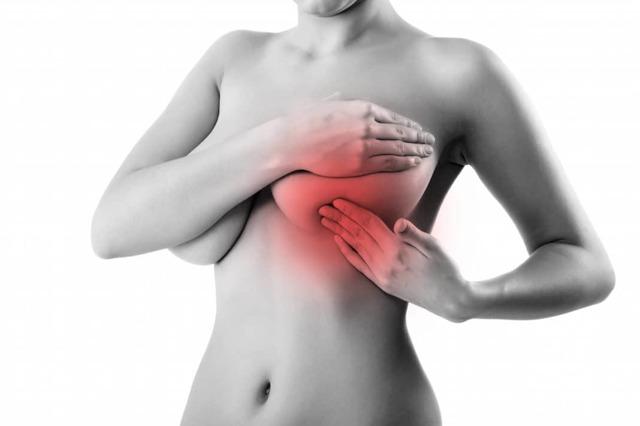 Ушиб молочной железы: что делать, лечение, какие мази применять, последствия