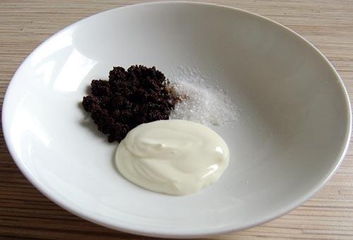 Скраб для лица в домашних условиях: рецепты домашних скрабов с кофе, морской солью, овсянкой