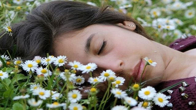 Как избавиться от стресса и депрессии в домашних условиях: натуральные успокоительные средства