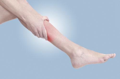 Мурашки по коже, парестезии по телу, по голове, по ногам, рукам: почему бегают мурашки