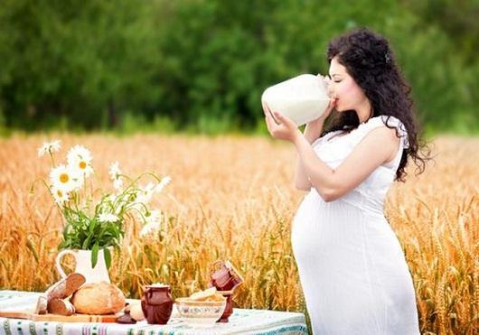 Кальций при беременности: какой лучше пить, на каком сроке его нужно принимать