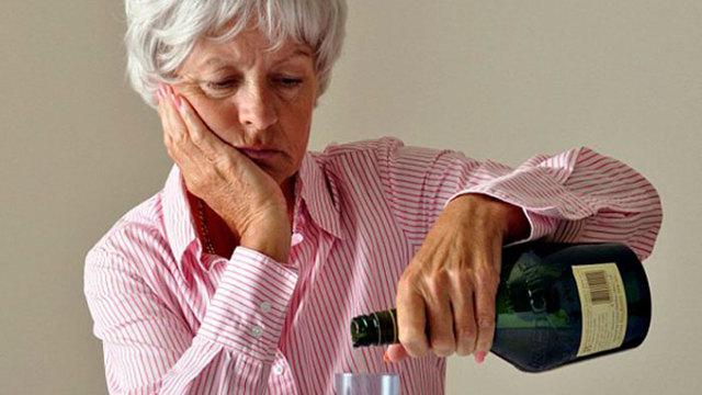 Причины и течение алкоголизма у женщин, детей и пожилых, алкоголизм как социальная проблема